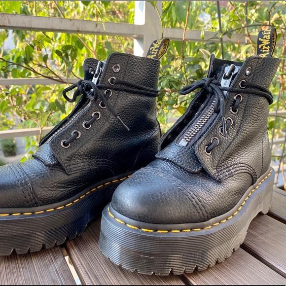 Dr Martens Sinclair Leather Platform
